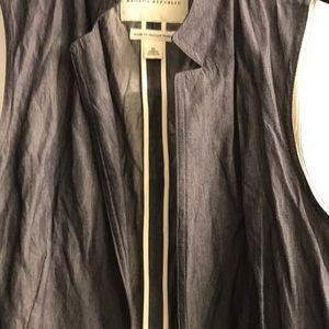 Blue Italian fabric Women's vest with ruffles sz10